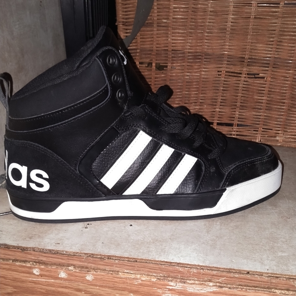 adidas Shoes   Raleigh 9tis Mid Sneaker